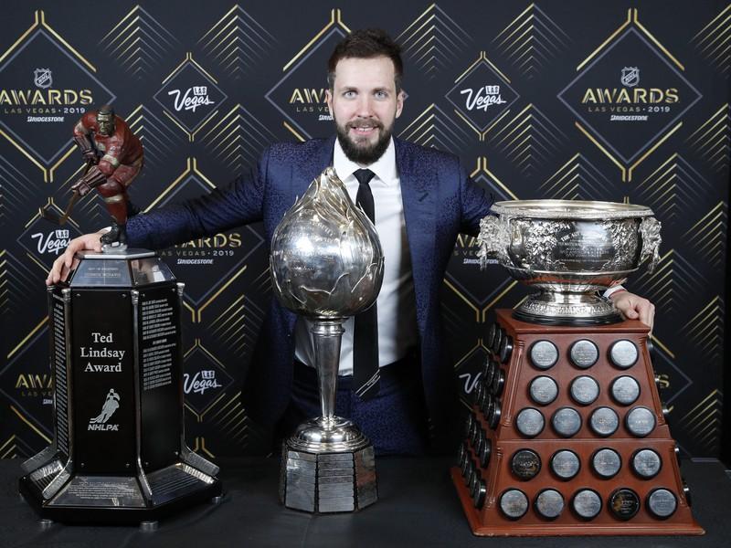 Nikita Kučerov vyhraj tri trofeje