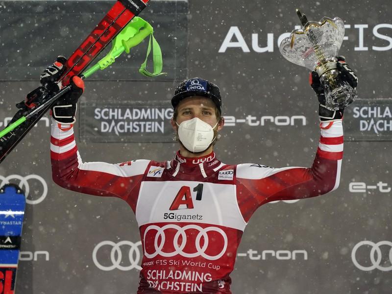 Marco Schwarz a jeho víťazné oslavy