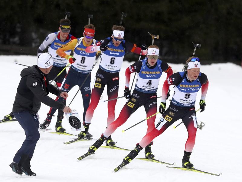 Nórski biatlonisti, sprava Johannes Dale, Johannes Thingnes Bö a Thingnes Bö v pretekoch s hromadným štartom