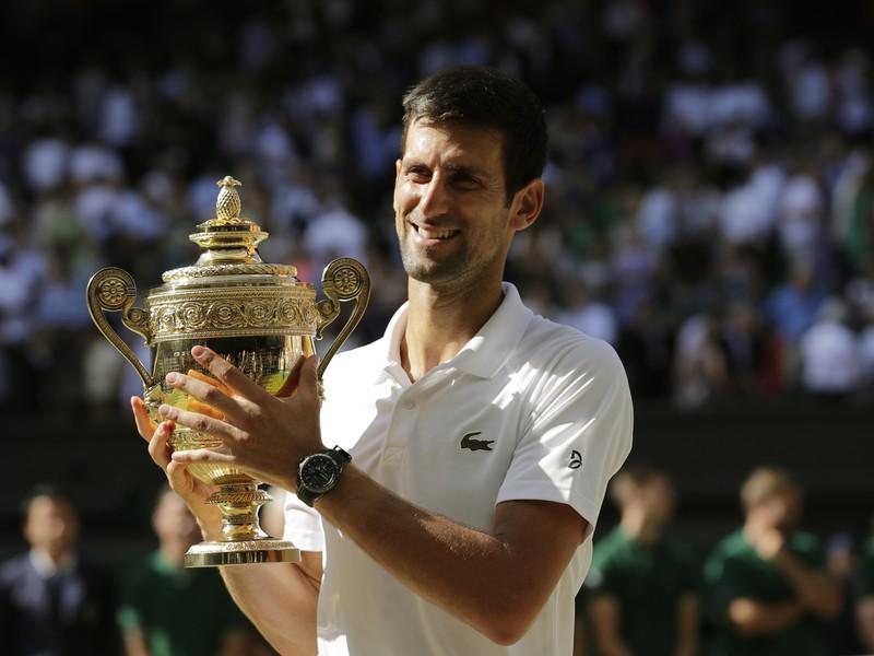 Novak Djokovič je obhajcom wimbledonského titulu
