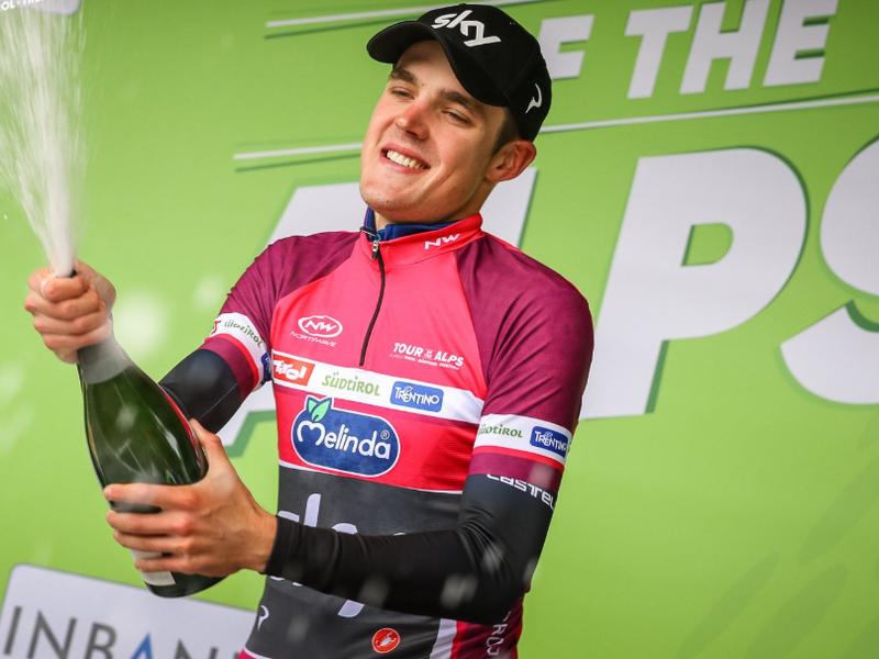 Ruský cyklista Pavel Sivakov