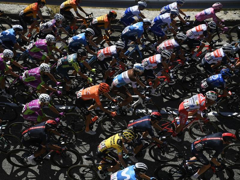 Cyklisti počas 8. etapy Giro d'Italia