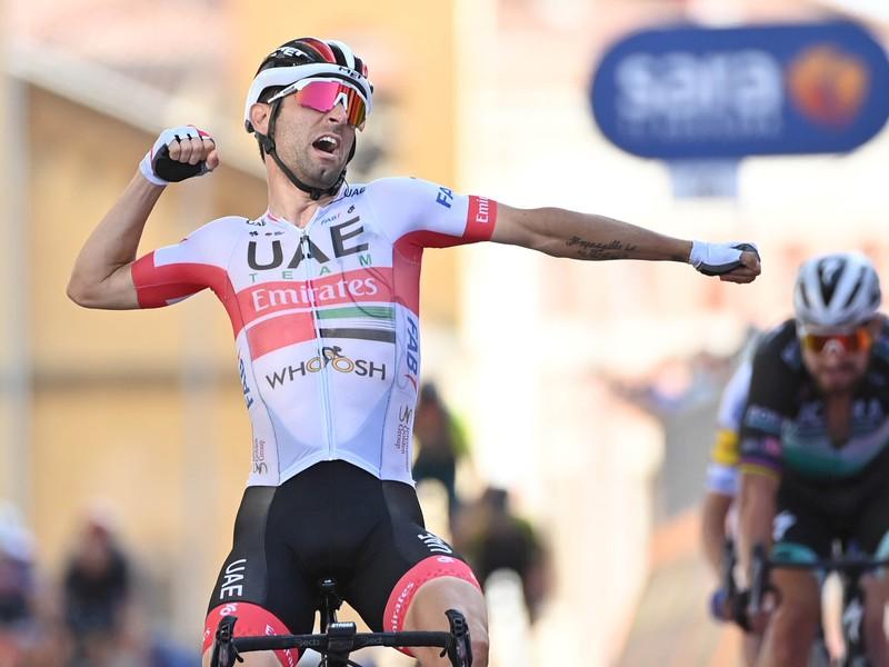 Diego Ulissi oslavuje svoje víťazstvo v 2. etape Giro d'Italia