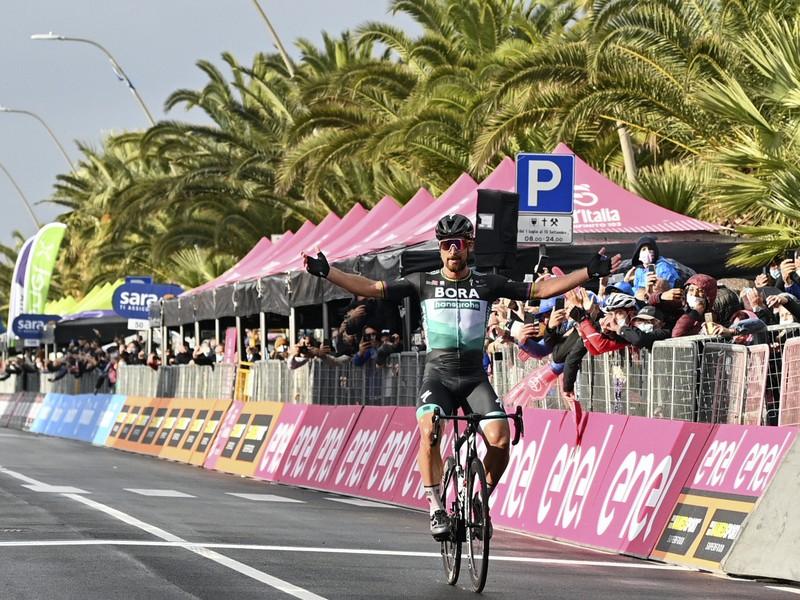 Peter Sagan ovládol 10. etapu Giro d'Italia