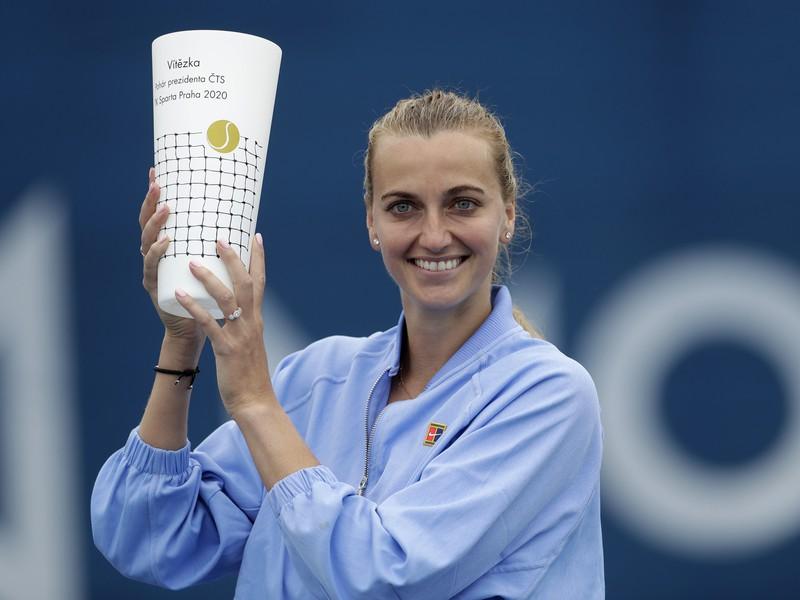Petra Kvitová s víťaznou trofejou