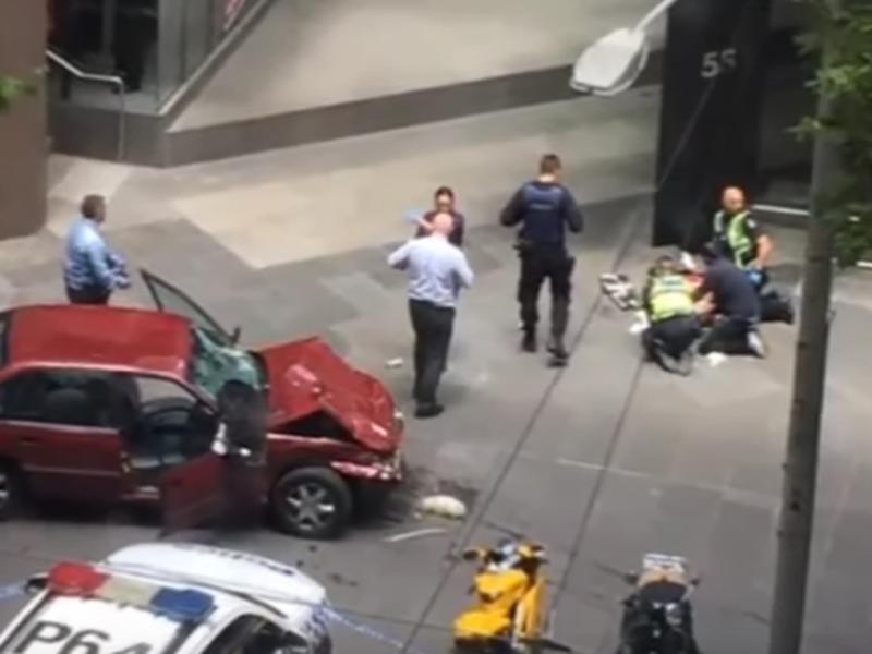 V Melbourne vyčíňal psychopat, ktorý zabil troch ľudí
