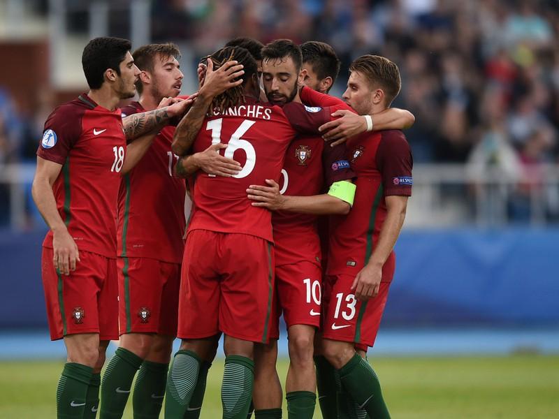 Radosť hráčov Portugalska po góle