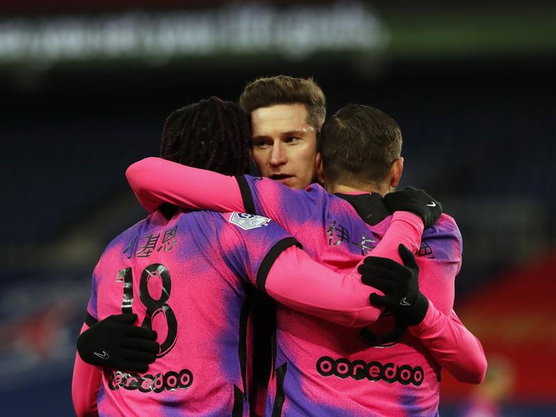 Moise Kean, Julian Draxler a Mauro Icardi oslavujú gól PSG