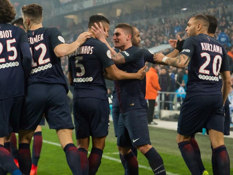 Marco Verratti (v strede) so spoluhráčmi v drese PSG