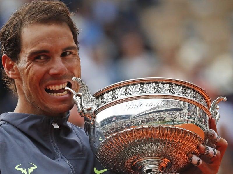 Rafael Nadal s víťaznou trofejou