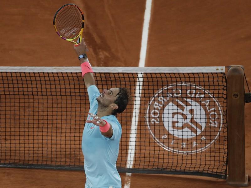 Radosť Rafaela Nadala po postupe do semifinále Roland Garros
