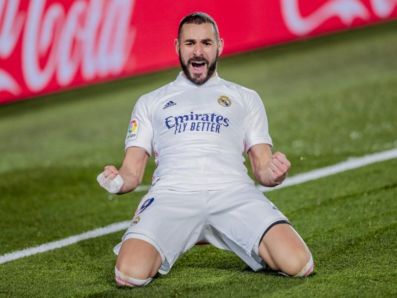 Karim Benzema oslavuje gól