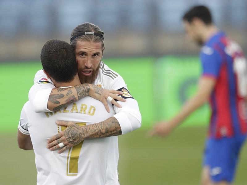Sergio Ramos oslavuje gól