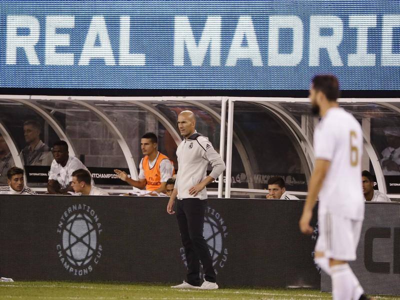 Zinedine Zidane počas prípravného zápasu