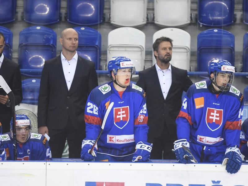 Róbert Petrovický na lavičke slovenských mladíkov