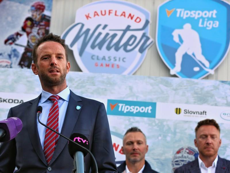 Riaditeľ Pro-Hokeja Richard Lintner počas tlačovej konferencie k hokejovému projektu Kaufland Winter Classic Games 2019