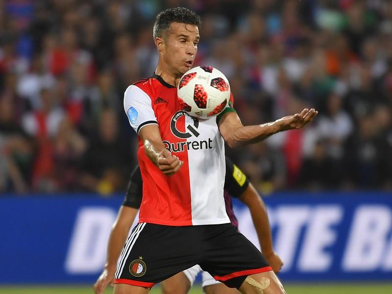 Na snímke kapitán Robin Van Persie (Feyenoord)