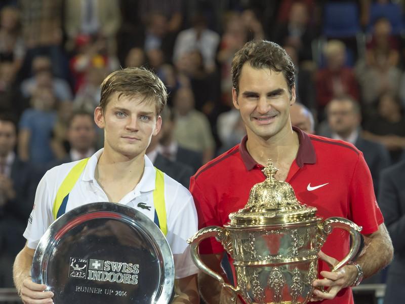 David Goffin a Roger Federer so svojimi trofejami