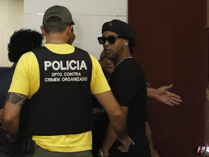 Ronaldinho skončil v rukách paraguajskej polície