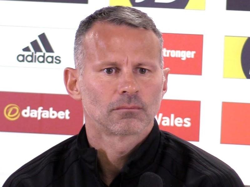 Tréner Walesu Ryan Giggs