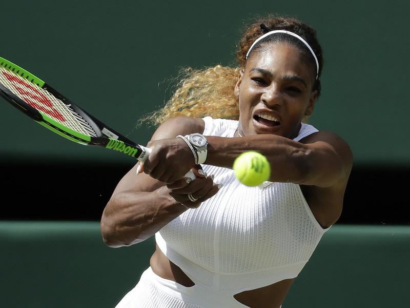 Serena Williamsov� v semifin�le Wimbledonu