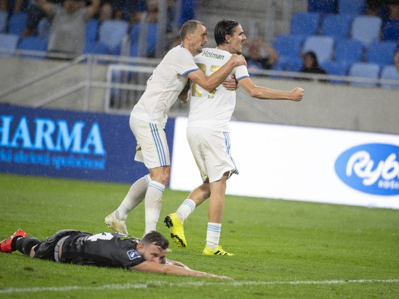 Dávid Holman sa raduje po strelení gólu