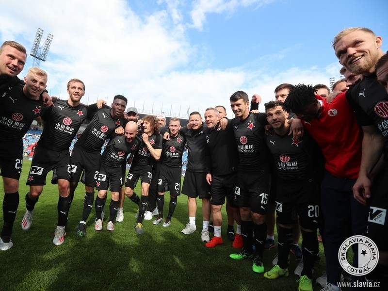 Oslavy futbalistov Slavia Praha