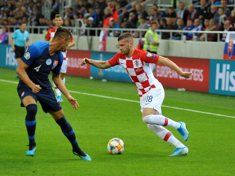 Ante Rebič proti Martinovi Vajlentovi