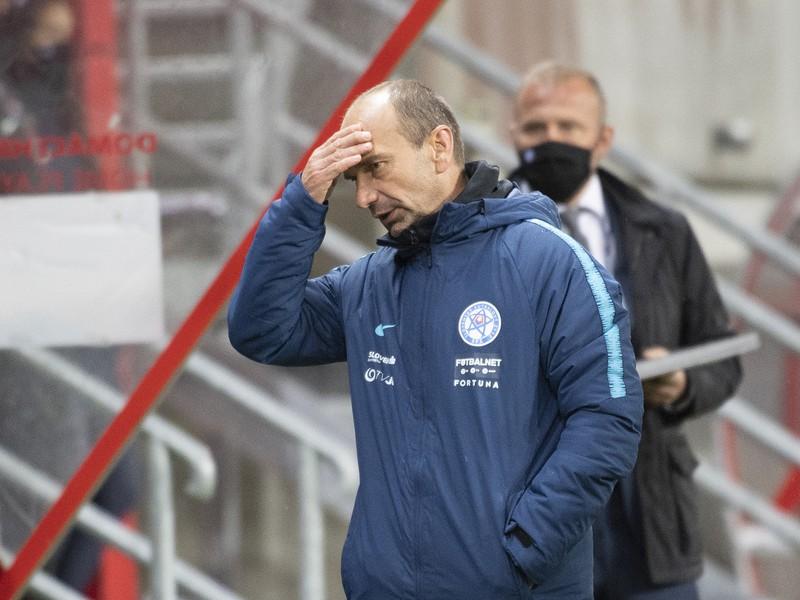 Na snímke tréner Slovenska Oto Brunegraf