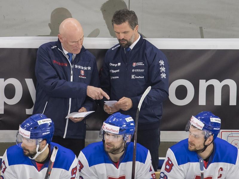 Craig Ramsay a vpravo asistent trénera Róbert Petrovický