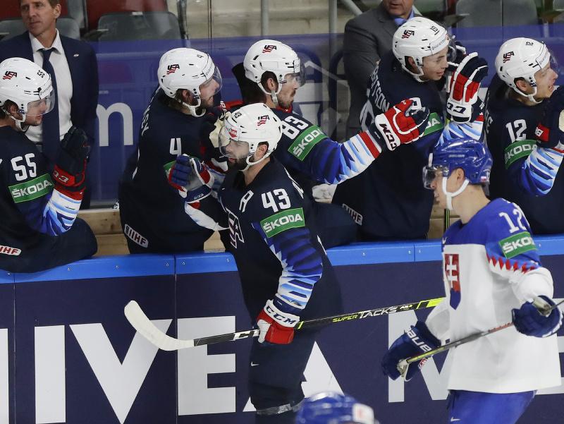 Hokejisti USA sa tešia z gólu
