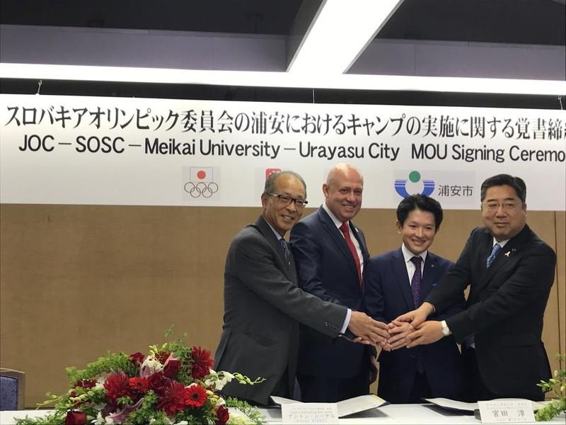 Prezident SOŠV Anton Siekel v Tokiu podpísal memorandum s Univerzitou Meikai