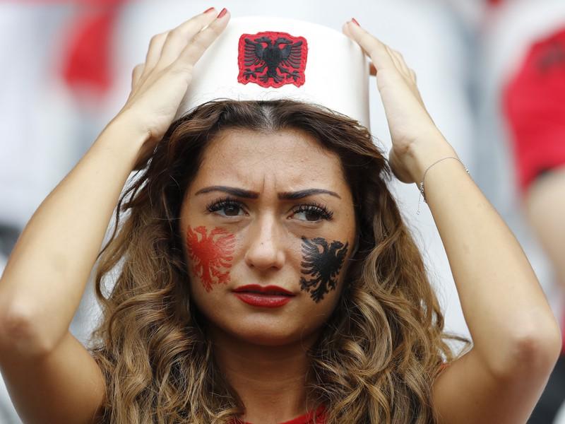 Albánska fanúšička