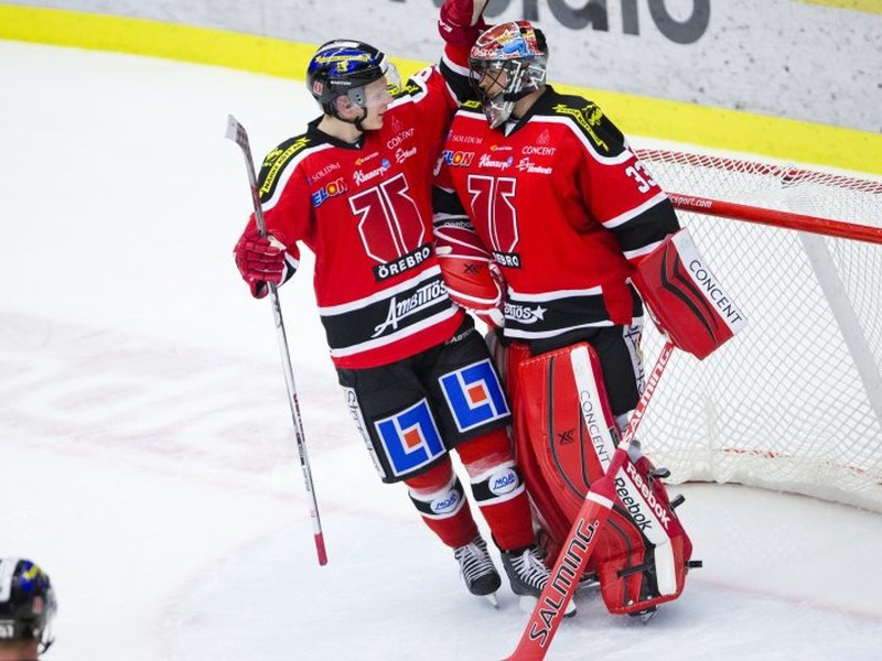Ďalśí skvelý výkon Júliusa Hudáčka v bránke švédskeho tímu