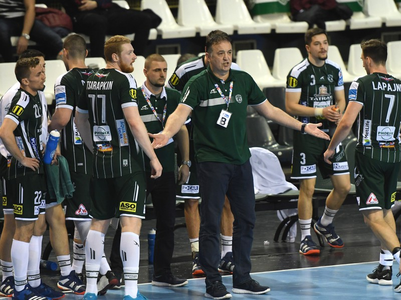 Hádzanárský tím Tatran Prešov počas zápasu