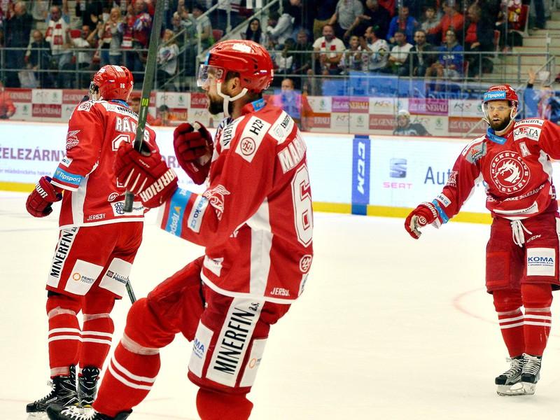 Tomáš Marcinko sa raduje z gólu