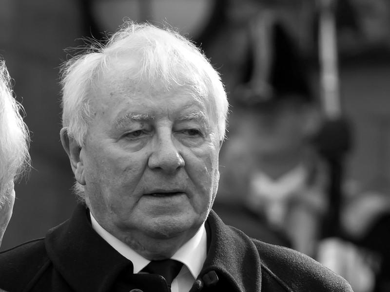 Bývalý futbalový tréner Tommy Docherty
