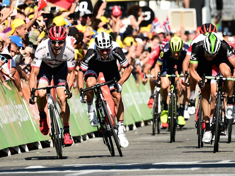 Napínavý záver 16. etapy Tour de France