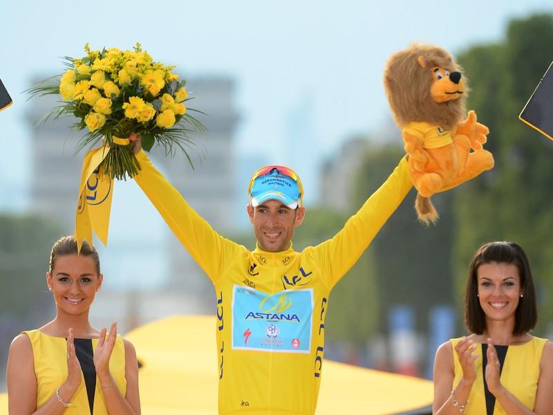 Vincenzo Nibali sa triumfom na Tour zapísal do histórie