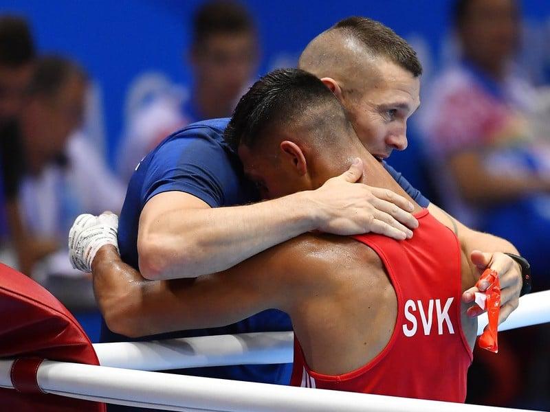 Na snímke vľavo slovenský reprezentant v boxe Viliam Tankó (vpravo) a tréner Tomy Kid Kovács