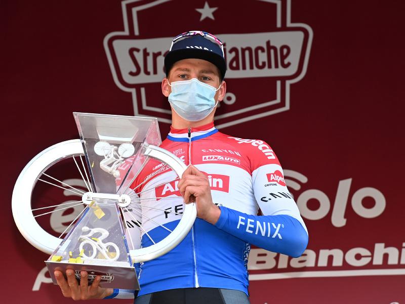 Mathieu van der Poel ovládol preteky Strade Bianche