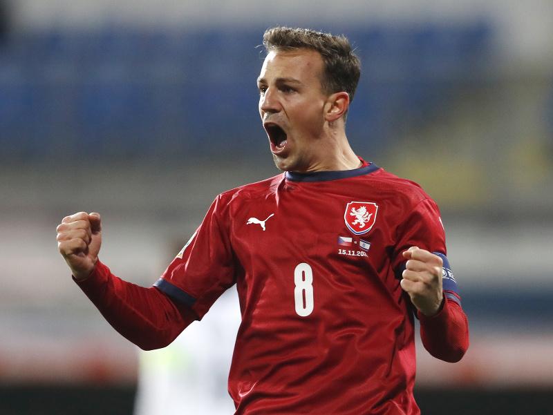 Vladimír Darida oslavuje gól