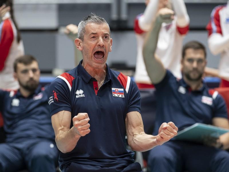 Na snímke tréner Slovenska Marco Fenoglio