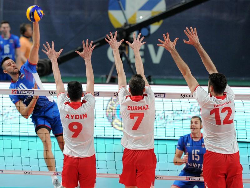 Marcel Lux zo Slovenska, Yasin Aydin, Cagatay Durmaz a Adis Lagumdzija z Turecka