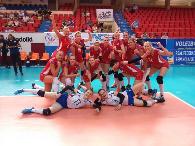 Slovenské volejbalistky po výhre nad Švédskom