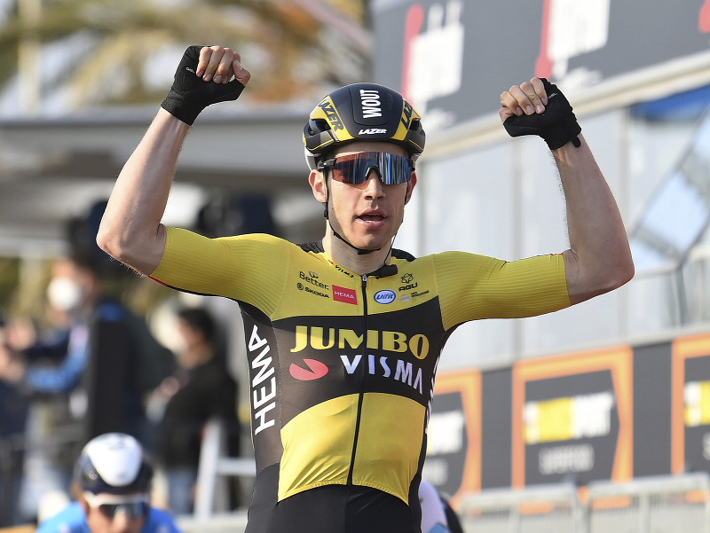 Wout van Aert vyhral prvú etapu