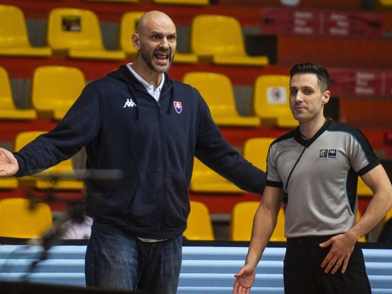 Na snímke tréner slovenskej basketbalovej reprezentácie Žan Tabak
