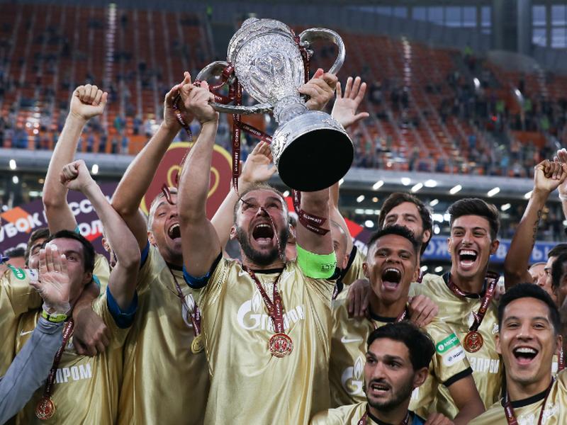 Zenit Petrohrad oslavuje pohárový triumf