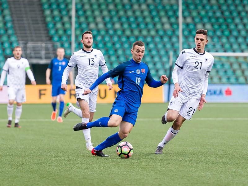 Erald Cinari z Albánska, Juraj Chvátal zo Slovenska a Emanuele Ndoj z Albánska