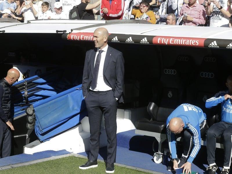 Zinedine Zidane opäť na lavičke Realu